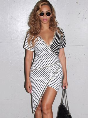 Where to Get Beyoncé's Ultra-Flattering Striped Dress