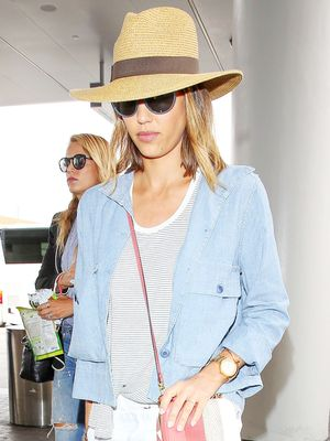 Jessica Alba Looks as Chic as a Parisian on Her Way to Paris