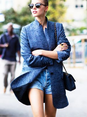 Giving Your Friends Fashion Advice? Read This Now