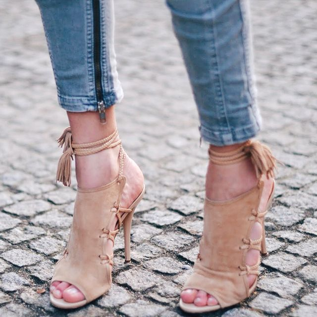 #TuesdayShoesday: Shop Our Favorite Fancy Nude Heels