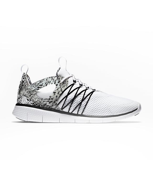 Nike Free Virtuous Print Sneaker
