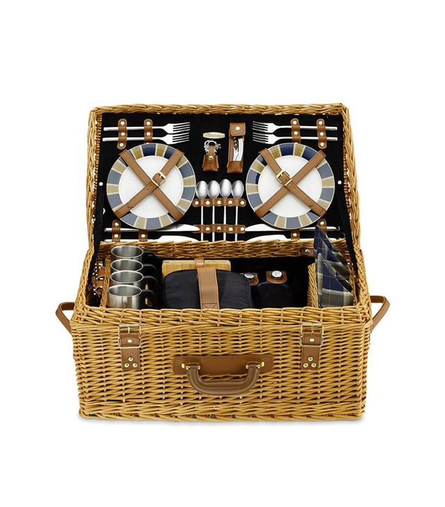 Williams Sonoma Wicker Picnic Basket