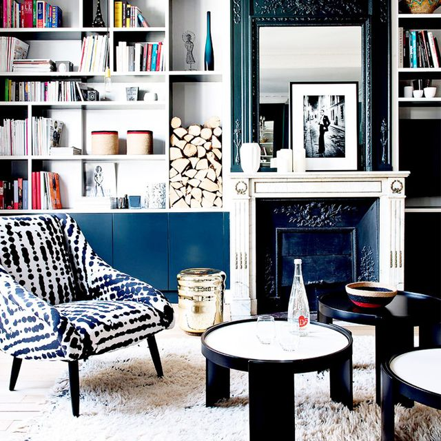 Tour a Classic but Colorful Parisian Apartment