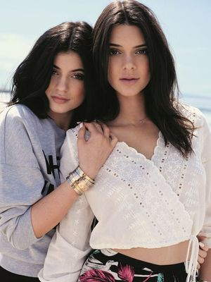 Kendall, Kylie, and Crew Sport THIS Unexpected Beauty Trend