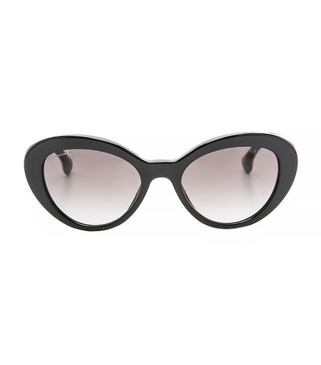 Prada Oval Sunglasses in Bblack