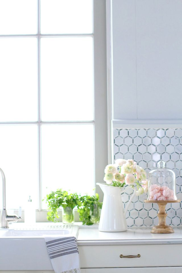 Designer And Television Personality Jillian Harris Recently Redesigned Her  Culinary Space Using An IKEA Sink,