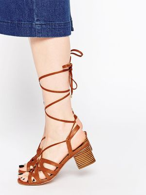 #TuesdayShoesday: The Best Lace-Up Shoes on ASOS Right Now
