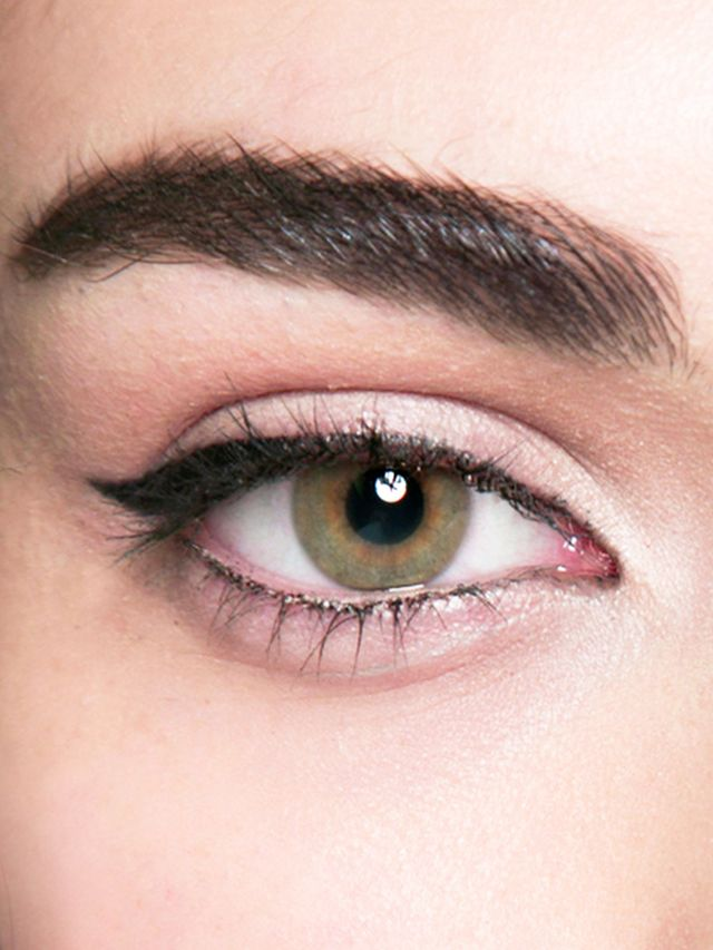 The Best Flattering Makeup For Every Eye Color