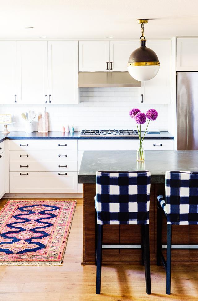 Caitlin Wilson Design home tour: a textile designer s preppy space | mydomaine