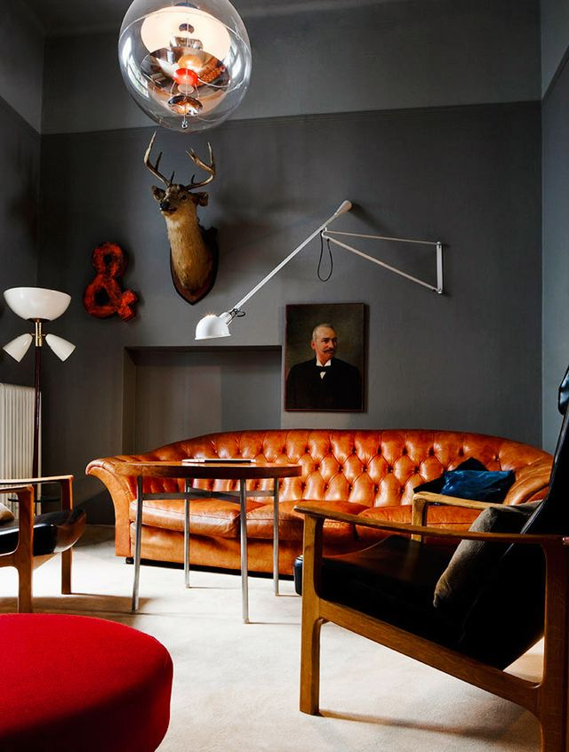 Dark interiors have become incredibly popular in recent years, but there's a big difference between saving them on Pinterest and actually translating the look into your home. Fricke...