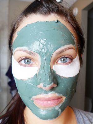 Multimasking: Why This New Face Mask Trend Is Actually Genius