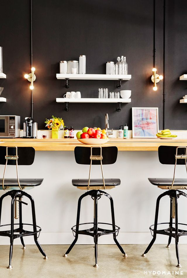 When discussing the design plan with Consort designers Brandon Quattrone and Mat Sanders (MyDomaine's editor-at-large), the Greycroft team cited the design of L.A.'s Palihouse Hotel as...