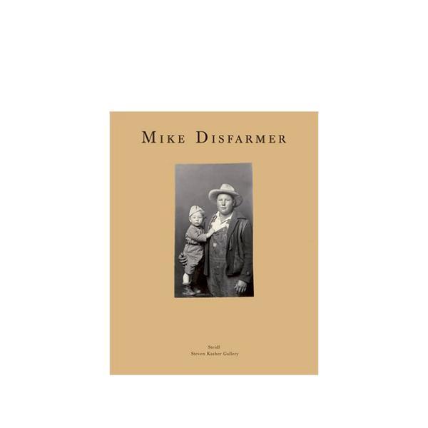 'Mike Disfarmer: Family Photographs from Arkansas'