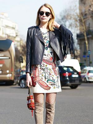 How Fashion Girls Wear Fishnet Tights