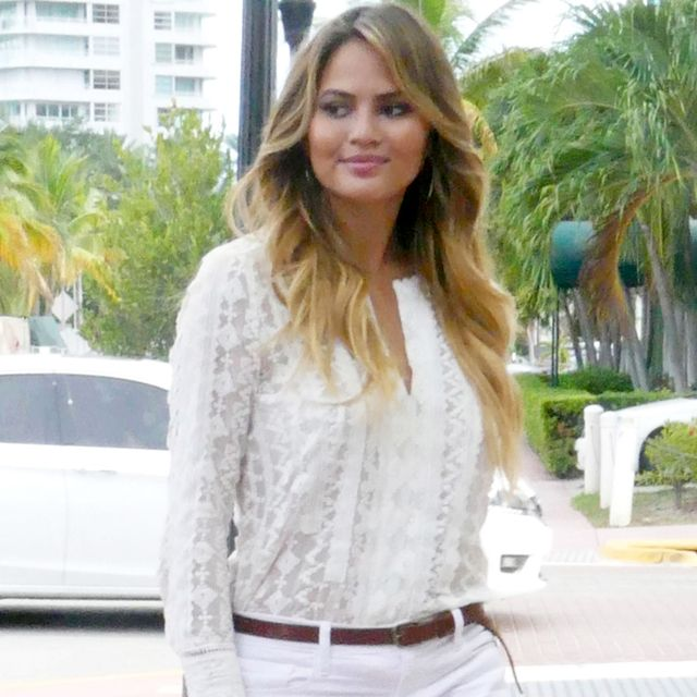 Chrissy Teigen Has a Genius Trick for Day-to-Night Dressing