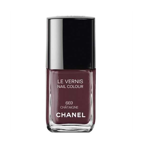 Chanel Le Vernis Nail Colour in Chataigne