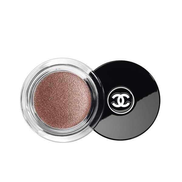 Chanel Illusion d'Ombre Long Wear Luminous Eyeshadow in New Moon