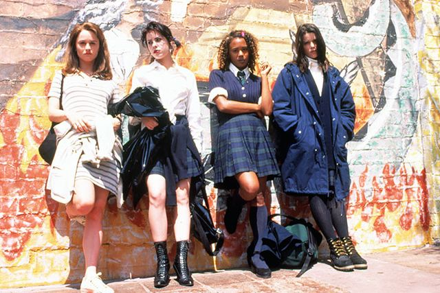 In this campy supernatural thriller, a crew of wannabe witches, including Neve Campbell, takes prep-school staples (pleated skirts, plaid dresses, cardigans) to the dark side.