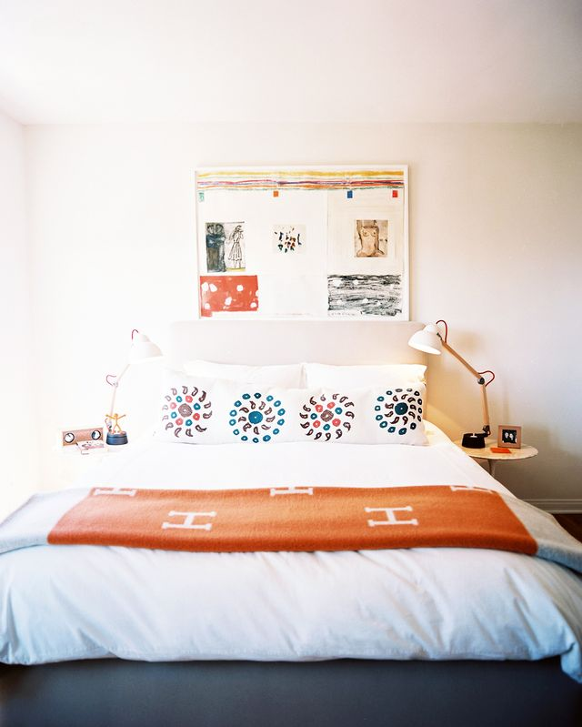 On Bachelor and Bachelorette Pads:Trip tailors every space to the individual, based on personality and lifestyle, so no two rooms or homes are ever the same. This also means there are no set...