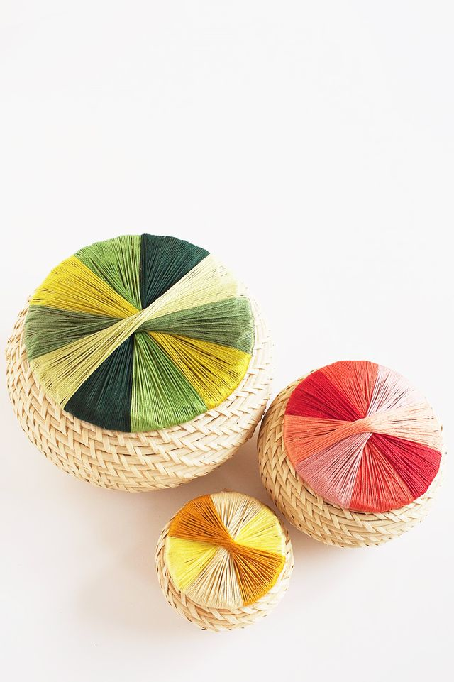 Colorful Thread-Wrapped Baskets