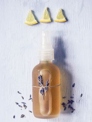3 Soothing Face Mists You Can Make in Your Kitchen