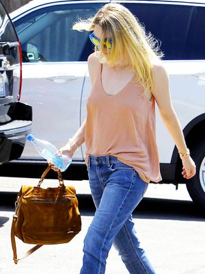 How Dakota Fanning Does End of Summer Denim