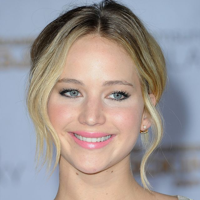 The Insane Amount of Money Jennifer Lawrence Earned in 12 Months