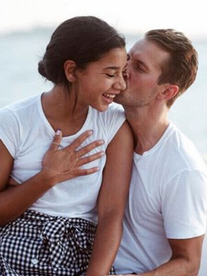 Hannah Bronfman Is Engaged! See Her Monique Péan Ring