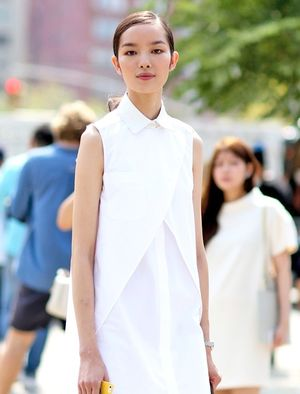 Model-Off-Duty Style: Get Fei Fei Sun's Sleek Shirtdress Look