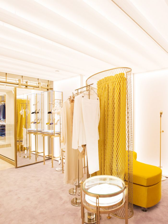 These Stores Officially Have The Coolest Dressing Rooms