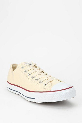 Converse  Chuck Taylor All Star Women's Low-Top Sneakers