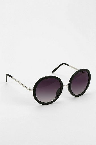 Urban Outfitters  Sweet Jane Round Sunglasses
