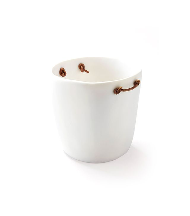 Tiny Frey White Resin Ice Bucket