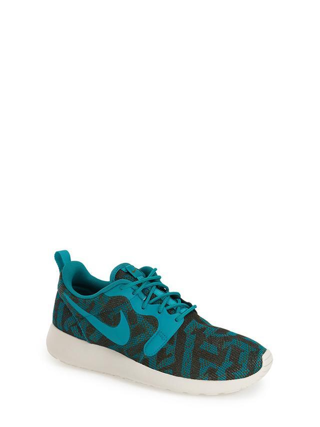 Nike Roshe Run Jacquard Sneakers