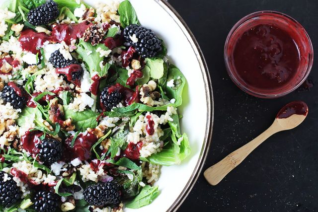 Mixed Green Salad With Blackberries, Feta, Walnuts, and Rice
