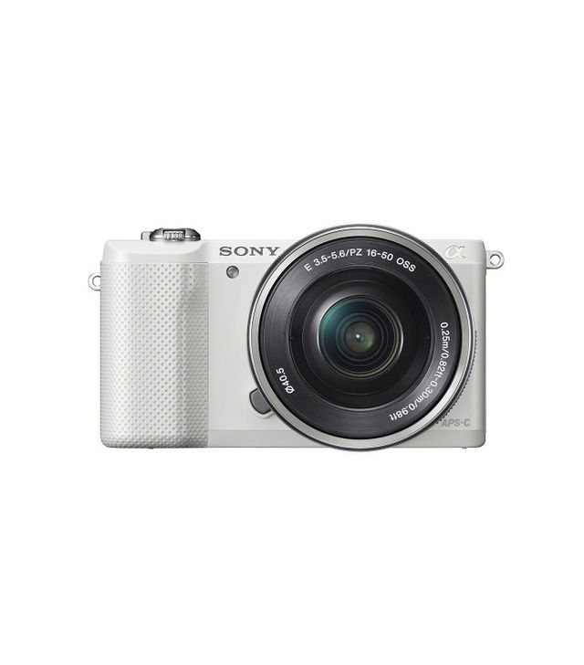Sony Alpha a5000 Mirrorless Camera