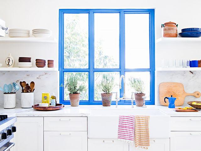 11 Expert Tips for Renovating Your Kitchen on a Budget
