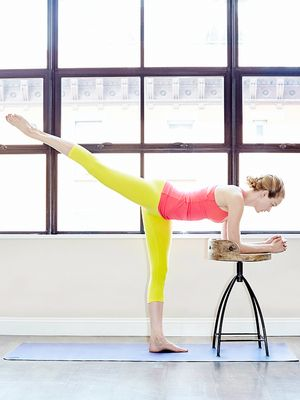 GIF Fit: My At-Home Barre Workout, by Lindsay Ellingson