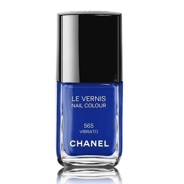 Chanel Blue Rhythm Le Vernis Nail Colour in Vibrato