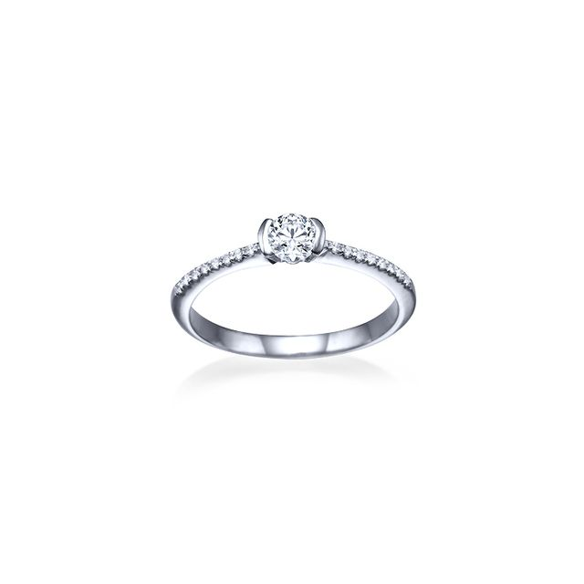 Shiree Odiz Petal Diamond Ring