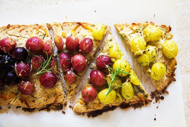 Roasted Grape Flatbread With Rosemary