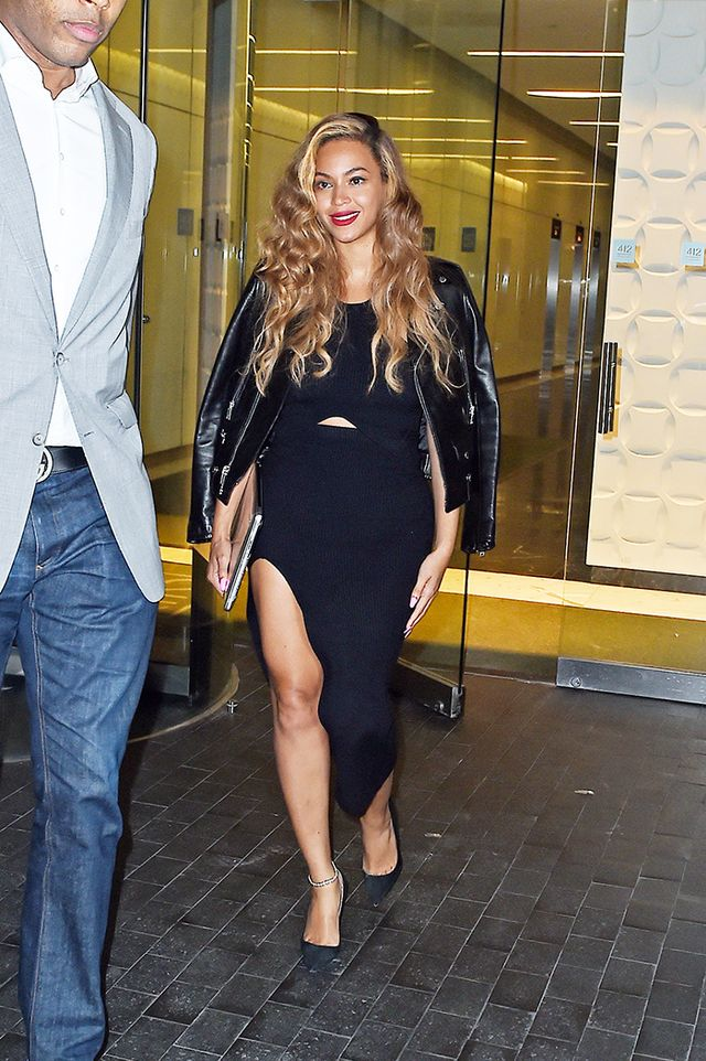 4. Draw attention to the smallest part of your body with a cutout detail, like Beyoncé.