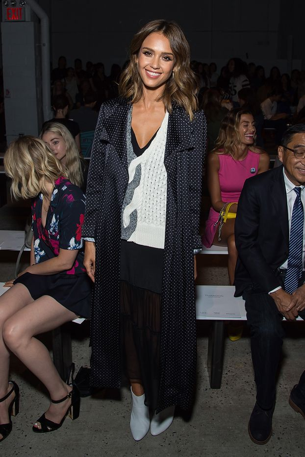 WHO: Jessica Alba  WHAT: Thakoon S/S 16 show  WEAR: Thakoon look from the Resort 16 collection; Tamara Mellon boots.