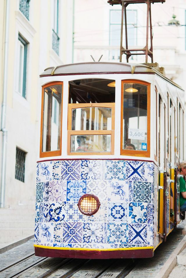 Savoir Faire Abroad scouted this beautiful snap of a tram in Lisbon's oldest district, Alfama.  Location: Alfama, Lisbon, Portugal