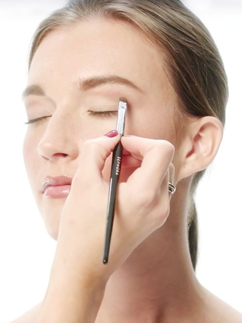 How To Contour Your Eyes Based On Your Eye Shape
