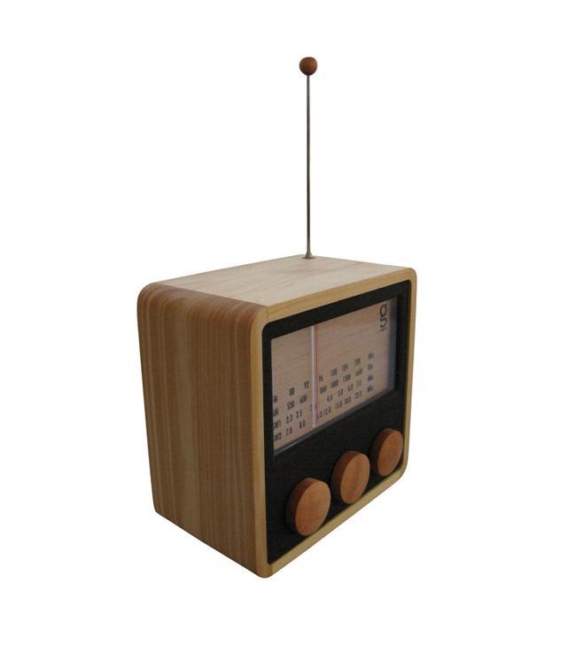 Singgih Kartono & Magno's KuBo Wooden Radio