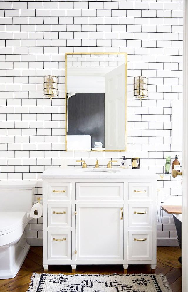 Replacing Your Bathroom Mirror
