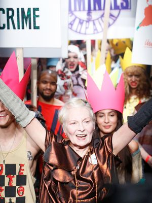 Vivienne Westwood's Spring 2016 Show Sent a Political Message