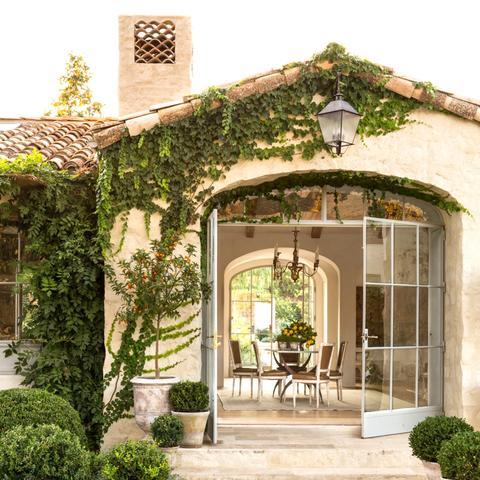 Giannetti Home Farmhouse