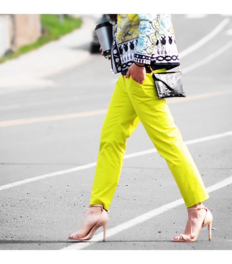 Halliedaily is wearing: J.Crew pants, Zara heels.